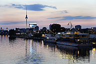 Germany, Berlin, Friedrichshain, Tourboats on River Spree - MIZ000369