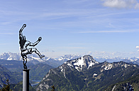 Germany, Bavaria, View of Rauschberg Mountain and sculpture - LH000265