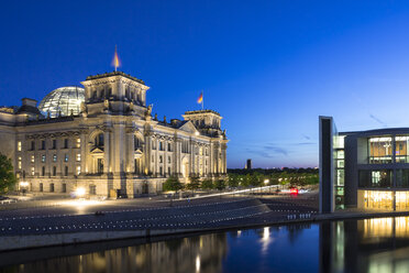 Germany, Berlin, View of Reichstag parliament building at dusk - NKF000015
