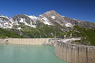 Austria, Mooserboden with masonry dam, the lake Mooserboden and peak Kitzsteinhorn - STSF000093