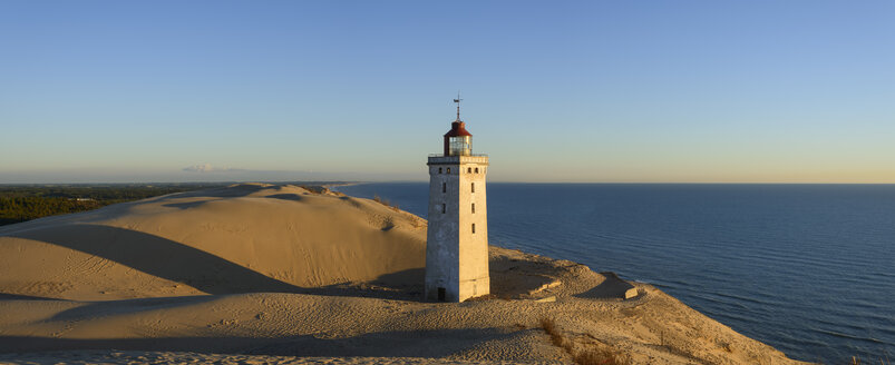 Denmark, View of Rubjerg Knude Lighthouse at North Sea - HHEF000044