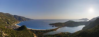 Turkey, View of beach at Oludeniz - SIE004316