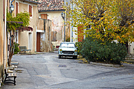 France, View of Peugeot 404 car - DHL000039