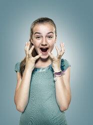 Happy screaming girl - STKF000342