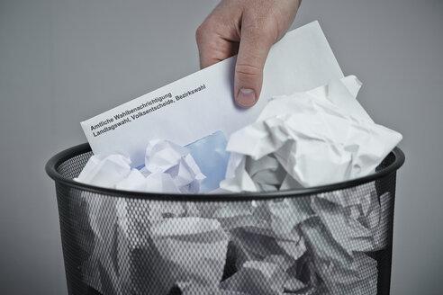 Election voting card in wastepaper basket - DSC000109
