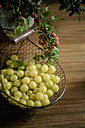 Mirabelles in a basket - MJ000390