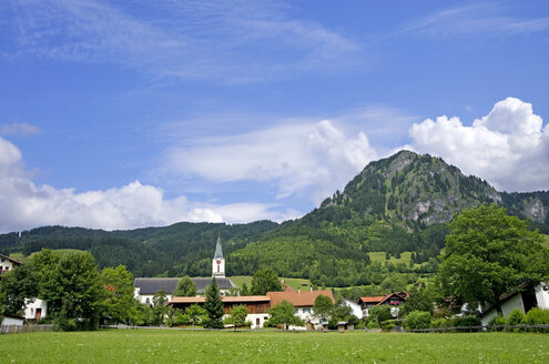 Germany, Bavaria, Oberallgaeu, village of 'Bad Hindelang' and 'Hirschberg' mountain - ALE000067
