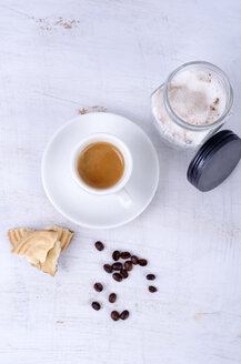 Espresso with coffee beans and sugar - ODF000436