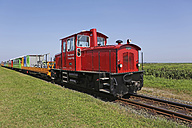 Germany, Lower Saxony, East Frisia, Langeoog, locomotive of island railway - JAT000333