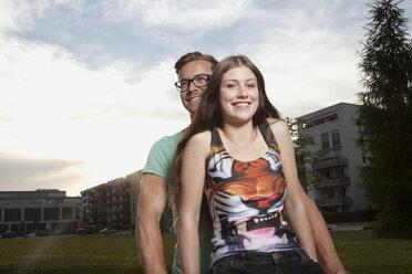 Germany, Bavaria, Munich, Smiling couple outdooors - RBF001367