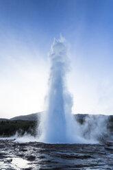 Iceland, Geyser in Sudurland - STSF000180