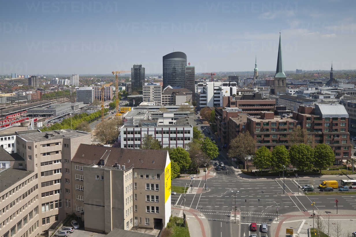Germany, North Rhine Westphalia, Dortmund, view from Dortmund U-Tower at  the city - WI000132 - Wilfried Wirth/