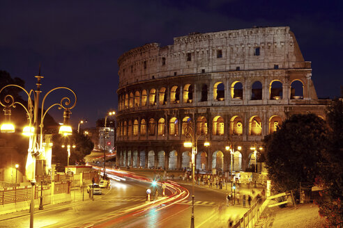 Italy, Rome, Colosseum by night - STD000031