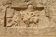 Iran, Fars, Naqsh-e Rostam, sassanid relief of the triumph of king Shapur I. over the Roman Emperor Valerian and Philip the Arab - ES000601