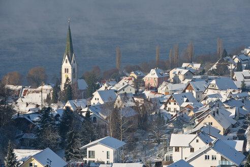 Germany, Baden-Wurttenberg, Lake Constance, Sipplingen in winter - SH000870