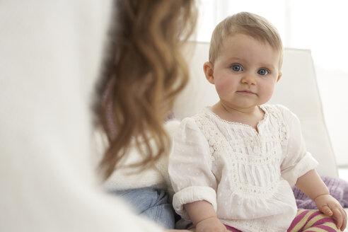 Baby girl looking at camera - FSF000019