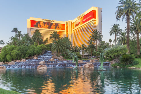 USA, Nevada, Las Vegas, The Mirage Hotel and Casino - ABA001047