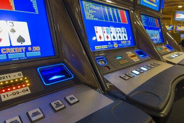 USA, Nevada, Las Vegas, Slot machines in casino - ABA001045