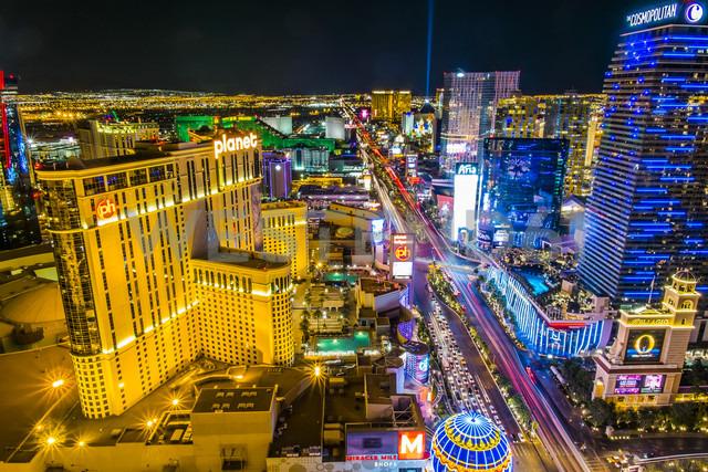 USA, Nevada, Las Vegas at night - ABA001042 - André Babiak/Westend61