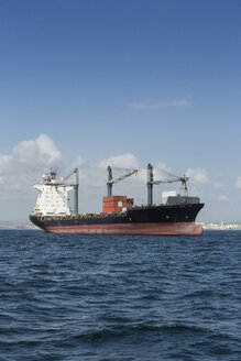 Spain, Andalusia, Algeciras, cargo ship, roadstead - KB000015