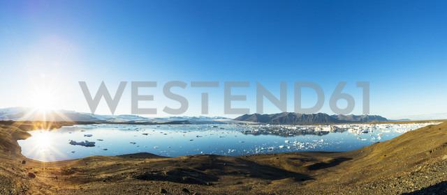 Iceland, Austurland, Jokulsarlon Glacial Lagoon near Vatnajokull National Park - STSF000205