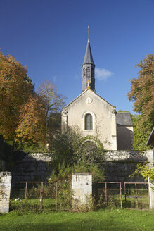 France, Departement Cher, Apremont-sur-Allier, church - DHL000172