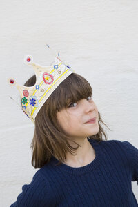 Portrait of little girl with paper crown on her head - LVF000332