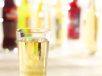 Variety of soft drinks - SRSF000411