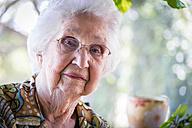 Portrait of aged woman, close-up - ABAF001077