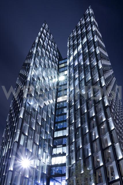 Germany, Hamburg, Modern skyscrapers Dancing Towers - NKF000033 - Stefan Kunert/Westend61