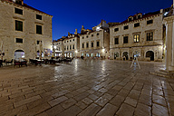 Croatia, Dubrovnik, View of old town, Luza Square - AMF001319
