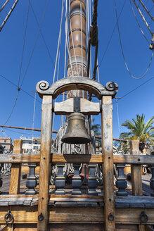 Italy, Genoa, old harbour, Porto Antico, replica of a galleon, ship's bell - AM001389