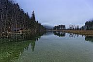 Austria, Upper Austria, Salzkammergut, Gruenau, Alm valley, Lake Almsee - GFF000317