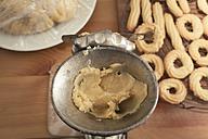 Preparing spritz cookies - ECF000394
