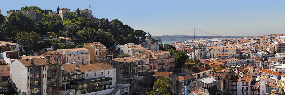 Portugal, Lisbon, Graca, Miradouro da Igreja da Graca, view over the city - BIF000114