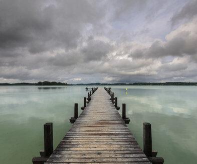 Germany, Bavaria, Munich, Lake Woerthsee - MBOF000021