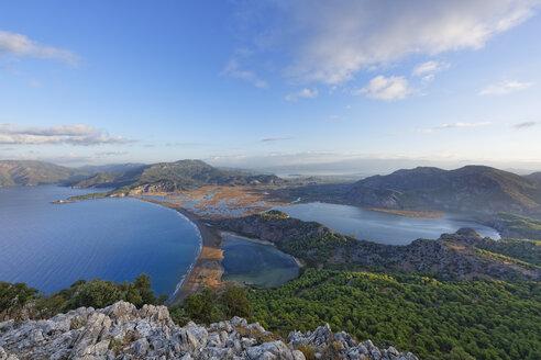 Turkey, Dalyan, Iztuzu beach with Dalyan Delta and lake Sueluenguer Goelue - SIEF004758