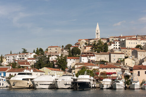 Croatia, Istria, Vrsar, Parish Church of St. Martin above the harbour - KJF000279