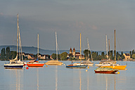 Germany, Baden-Wurttenberg, Allensbach, Boats on Lake Constance - SH001144