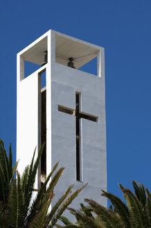 Spain, Fuerteventura, Morro Jable, white church spire - VI000100