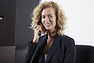Germany, Neuss, Receptionist on the phone - STKF000721