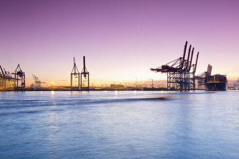 Germany, Hamburg, Parkhafen, harbour, Elbe, container ship - MSF003133