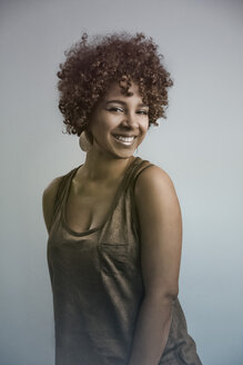 Portrait of smiling female Afro-American - NGF000052