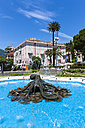 Italy, Liguria, Rapallo, Mansion and fountain - AM001451