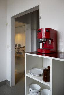 Kitchen of a loft - TKF000229
