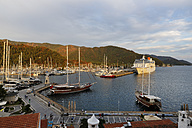 Turkey, Mugla Province, Marmaris, Marina in evening light - SIE004845