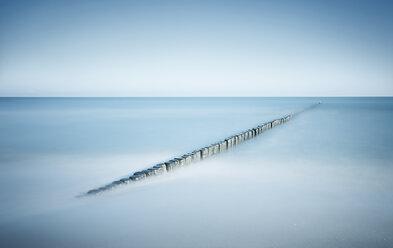 Germany, Mecklenburg-Western Pomerania, Usedom, breakwater in the sea, long exposure - WAF000039