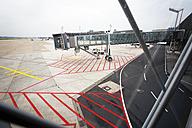 Germany, Lower Saxony, Hanover Airport, Passenger boarding bridge - BI000183