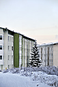 Germany, Thurinigia, Oberhof, Apartment building in winter - BR000009