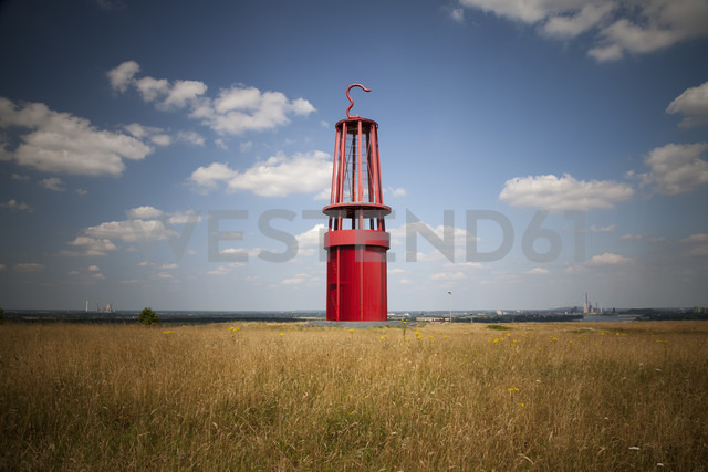 Germany, North Rhine-Westphalia, Moers, Halde Rheinpreussen, Art work mining lamp - WI000231